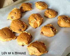 Life as a Mommy: 3 Ingredient Pumpkin Chocolate Chip Cookies recipe