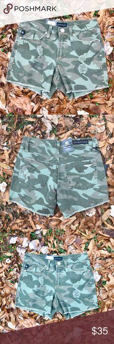"✔️NWT Rock & Republic Ripped Camo Shorts Sz 2 Brand new with tags; Sz 2/ Flat Waist 14"" Mid Rise Shorts; Inseam 4"" Rock & Republic Shorts"