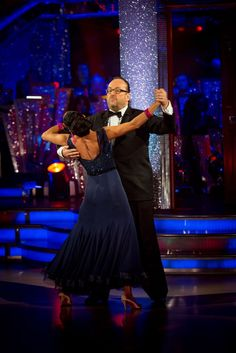 WEEK 4 - Dave & Karen danced Waltz to 'Take It to the Limit' by Eagles  Score - (5-6-6-6) = 23