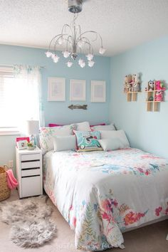 Tween Bedroom in Teal and Pink. Light teal walls and pink accents were the foundation for this bright and pretty tween girl's bedroom makeover. Teenage Girl Bedroom Designs, Teenage Girl Bedrooms, Bedroom Girls, Diy Bedroom, Blue Bedroom Ideas For Girls, Design Bedroom, Bedroom Ideas For Tweens, Master Bedroom, Girl Bedroom Paint