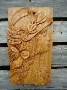 Tallado de escultura de madera de la diosa por OsborneArtwork
