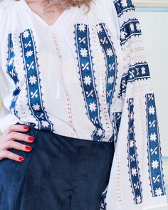 TRADITIONAL HANDMADE BLOUSE - Starry Sky Motif