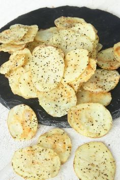 Chips i mikron Vegetarian Recipes, Cooking Recipes, Healthy Recipes, Oreo Cheesecake Bites, Swedish Recipes, Potato Dishes, Greens Recipe, Sweet And Salty, Healthy Treats