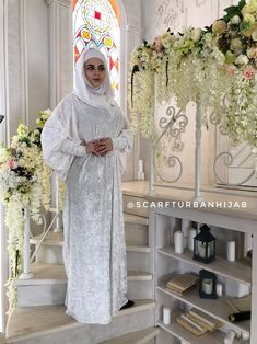 White color velvet fee size maxi dress with hood, mantle dress, plus size evening clothing, wedding elegant dress, Muslim abaya Wedding Abaya, Elegant Wedding Dress, White Wedding Dresses, Wedding White, Instant Hijab, Bohemian Headband, Turban Hijab, Beautiful Prayers, Muslim Dress