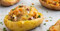These twice baked potatoes with chorizo can be enjoyed as an appetizer, side dish or a main course! They are rich, filling, and most of all, delicious! Potatoe Skins Recipe, Potato Skins, Twice Baked Potatoes, Roasted Potatoes, Peanut Butter Chips, Tasty Kitchen, Bacon Wrapped, Chorizo, Pot Roast