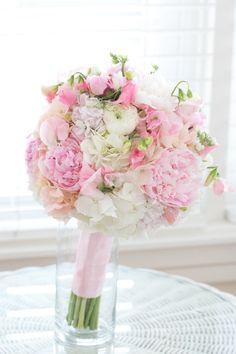 #Bouquet   See the wedding on #SMP: http://www.stylemepretty.com/florida-weddings/orlando-fl/2013/06/24/orlando-florida-wedding-at-cypress-grove-estate-house-from-amalie-orrange-photography/