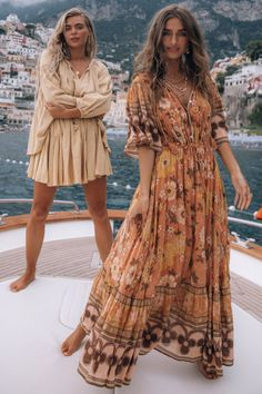Spell & The Gypsy Collective - Women's Modern Bohemian Fashion & Boho Clothing - Spell USA Boho Fashion, Fashion Outfits, Womens Fashion, Style Fashion, Hippie Stil, Summer Outfits, Cute Outfits, Spell Designs, Look Boho