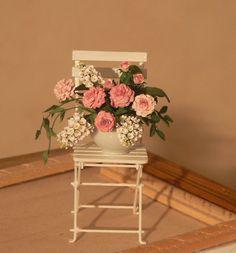 Garden of Miniatures Artist: Jeannette Buchholz