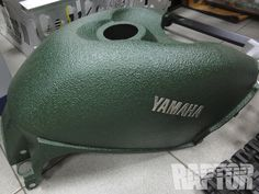 YAMAHA GRIZZLY: Fuel Tank Cover #raptorised Discovery 2, Plastic Coating, Bicycle Helmet, Yamaha, Riding Helmets, 4x4, Jeep, Paint, Autos
