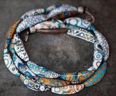 Beautiful Folded beads (http://www.helenbreil.com/folded-bead-tutorial.html) by Tanya Mayorova
