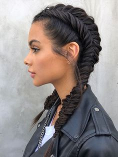 Hair is an important material primarily composed of protein, notably keratin. Hair care is your hair type. Your hair goals. Your favorite hair color Here you find all the possible methods to have perfect hair. Pretty Hairstyles, Braided Hairstyles, Hairstyle Hacks, Teenage Hairstyles, Ethnic Hairstyles, Popular Hairstyles, Braided Updo, Evening Hairstyles, Fashion Hairstyles