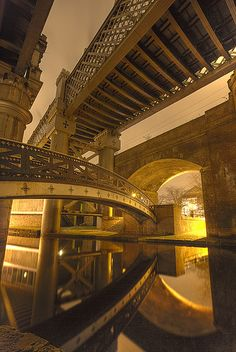 Wow! Take in the Castlefield Bridges when completing the Cheshire Ring from Anderton Marina. www.abcboathire.com