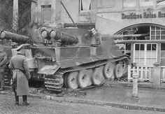 Drive School Tiger1 with Gas,Crashed?