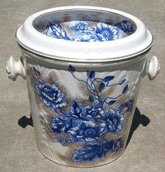 Flow Blue Master Chamber Pot w/Lid