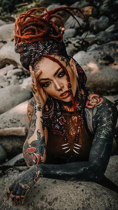 Tattoed Girls, Inked Girls, Pin Up, Beautiful Dreadlocks, Dreads Girl, Girls Magazine, Cute Girl Poses, Box Braids Hairstyles, Girl Tattoos