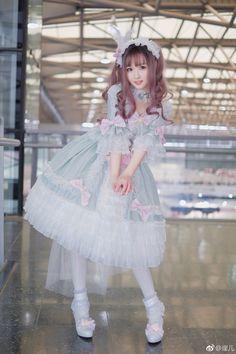 Lolita style is so cute