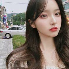 Image may contain: 1 person, closeup Asian Cute, Cute Korean Girl, Pretty Asian, Cute Asian Girls, Beautiful Asian Girls, Mode Ulzzang, Korean Boys Ulzzang, Korean Beauty, Asian Beauty