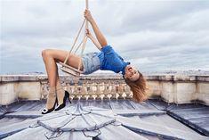 ROGER VIVIER / SONIA SIEFF - Stephanie Brissay Roger Vivier, New Fashion, Spring Fashion, Fashion News, Best Ads, New Star, French Actress, Shoe Dazzle, Parisian