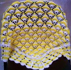 Beyaz sarı örgü battaniye modeli