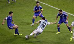 En Argentina Futbolista jugar en equipo.