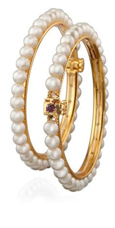 Pearls and gold bangles Pearl Jewelry, Indian Jewelry, Gold Jewelry, Jewelry Accessories, Gold Bangles, Bangle Bracelets, Japanese Pearls, Pearl And Lace, Fashion Jewelry