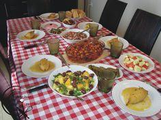 Palak Paneer, Cobb Salad, Ethnic Recipes, Drinks, Food, Drinking, Beverages, Essen, Drink