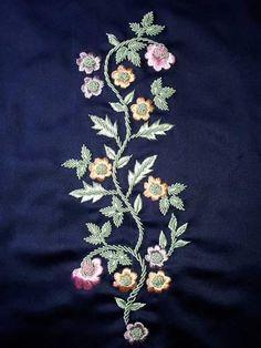Embroidery Suits Punjabi, Zardosi Embroidery, Pearl Embroidery, Kurti Embroidery Design, Hand Work Embroidery, Silk Ribbon Embroidery, Hand Embroidery Designs, Embroidery Patterns, Hand Work Design