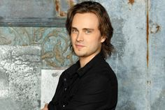Jonathan Jackson and Nathan Parsons are returning to the ABC soap opera for a limited arc to coincide with Anthony Geary's last days on the daytime drama.
