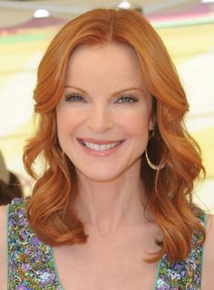 Marcia Cross Medium Wavy Hairstyle