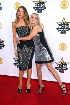 Pin for Later: Reese and Sofia Are Having So Much Fun Promoting Hot Pursuit, It's Criminal They took their BFF antics to the red carpet at the Academy of Country Music Awards.