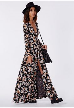 A floral lover's fantasy, this beaut maxi dress is one seriously lustworthy piece! With its regal chiffon feel fabric which flows as you move, you'll be sure to make a style statement wherever you wear it. We love the button down detailing ...