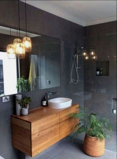 35 New And Cold Small Bathroom Remodel Decoration Ideas 35 Neue und kalte kleine Badezimmer gestalten Dekorationsideen um Retro Bathrooms, Amazing Bathrooms, Modern Bathroom, Minimal Bathroom, Simple Bathroom, Master Bathrooms, Dyi Bathroom, Marble Bathrooms, Bathroom Inspo