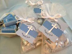 New baby boy baptism centerpieces favors Ideas Boy Baptism Centerpieces, Baptism Party Favors, Christening Favors, Baby Christening, Boy Baptism Decorations, Wedding Favors, Shower Centerpieces, Balloon Decorations, Shower Favors