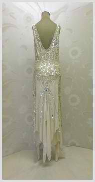 Vintage evening gown, I'd wear this like now!!!