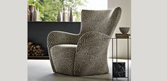 Mandrague Armchair By Molteni | Hub Furniture Lighting Living