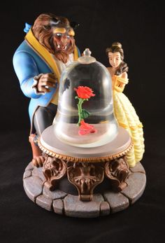 Rare Discontinued Disney Beauty and the Beast The Enchanted Rose Snow Globe - picturesenteresting Beauty And The Beast Party, Beauty And The Best, Belle Beauty And The Beast, Walt Disney, Disney Home, Disney Art, Disney Snowglobes, Musical Snow Globes, Enchanted Rose