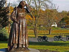Meet 3 real Gettysburg heroines, plus leave a comment for a chance to win Widow of Gettysburg plus the movie Gettysburg. (Be sure to include your email in your comment!)