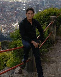 Y allá la linda sabana sabana de #Bogota  #LaCapital  #Gratosrecuerdos  #Vallenato  #RobertoCarlos  #robertocarloscujia  ______________________________________________ #colombia #vallenato #graciasmigente #music #genre #songs #melody #llenototal #instapictures #instagood #beat #beats #jam #myjam #party #partymusic #newsong #lovethissong #remix #favoritesong  #photooftheday #bumpin  #goodmusic #instamusic