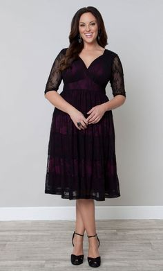 Fall Wedding Guest Dresses for Plus-Size Babes - Plus Size Fall Dresses - Ideas of Plus Size Fall Dresses 33 Plus Size Wedding Guest Dresses for Curvy Ladies Attending Autumnal Nuptials This Fall Plus Size Wedding Guest Dresses, Plus Size Dresses, Sexy Dresses, Plus Size Outfits, Lace Dresses, Mode Plus, Normcore, Moda Plus Size, Lace Dress Black