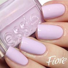Los esmaltes son el mejor complemento para tu look de verano, apuesta por lilas o rosas pastel