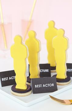 3D Oscar Award Cookies I Bake these sweet treats for your next awards show viewing party