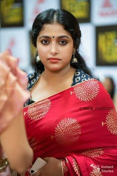Best 100 photos of Actress Anu Sithara Beautiful Girl Indian, Most Beautiful Indian Actress, Beautiful Actresses, Gorgeous Women, Beautiful Saree, Indian Natural Beauty, Indian Beauty Saree, Indian Sarees, Beauty Full Girl