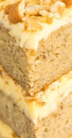 banana pudding Banana Pudding Cake features moist banana cake layered with vanilla filling, bananas, and vanilla wafers. It's all topped with vanilla pudding frosting! Banana Pudding Cheesecake, Homemade Banana Pudding, Banana Pudding Recipes, Banana Pudding Cupcakes, Banana Cream Pie Cake, Banana Layer Cake Recipe, Banana Bread, Banana Dessert, Food Cakes