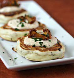 Photo de la recette : Blinis aux champignons, crème à la feta
