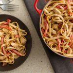 Η συνταγή της ημέρας: Μακαρόνια με κοτόπουλο και κρέμα γάλακτος