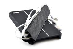 Custodia Smart Cover magnetica Custodia che protegge il tuo iPhone 5 sul retro e sui lati, trasforma la tua cover in un comodo supporto, conserva i tuoi cavi senza grovigli, riponi il tuo iPhone su superfici di metallo.  su: www.iwe-italia.com