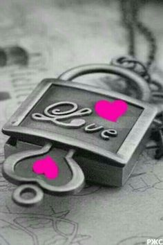 Lock Key Tattoos, Pink Pages, Hearts And Roses, Graffiti Alphabet, Heart Images, Romantic Pictures, All You Need Is Love, Color Splash, Pink Color