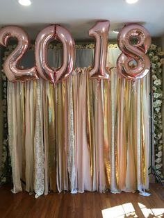 Grad party backdrop Best Picture For DIY Graduation backdrop For Your Taste You are looking for something, and it is going to tell you exactly what you are looking for, and you didn't find that pictur Pink Graduation Party, Graduation Party Planning, College Graduation Parties, Grad Parties, Graduation Gifts, Vintage Graduation Party Ideas, Homeschool Graduation Ideas, Graduation Backdrops, Graduation Bouquet