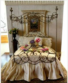 Lovely Iron Four Poster Bed!!! Bebe'!!! Really Pretty!!!