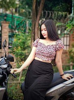 Myanmar Women, Bellisima, Cute Girls, Asian Girl, Lace Skirt, Celebrity Style, Female, Girl Face, Celebrities